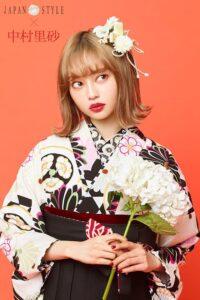 中村里沙モデルのモダンな卒業式袴