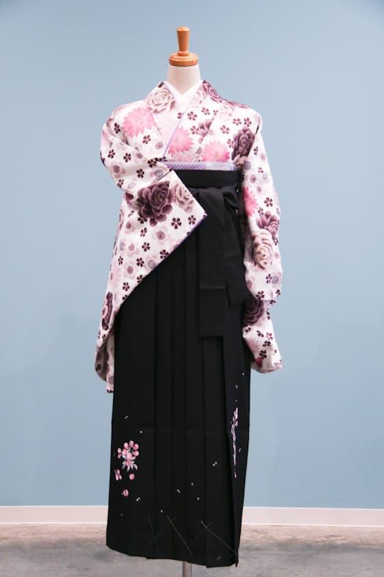 白地に紫のバラ柄 卒業式袴