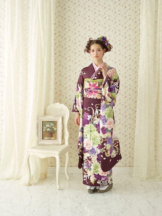 ブラウン地に紫のお花のモダン振袖