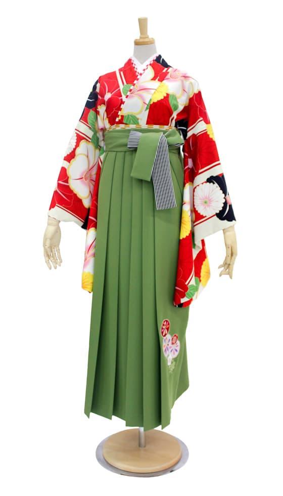 中村里沙 椿柄の卒業式袴