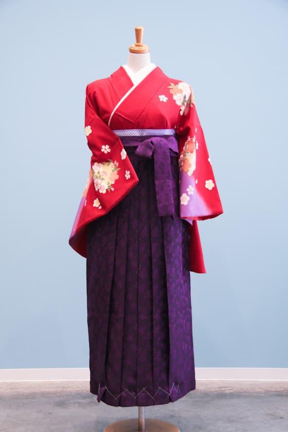 赤地に桜・梅柄の卒業式着物