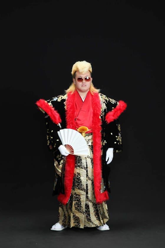 成人式男性用派手な黒の紋付き袴