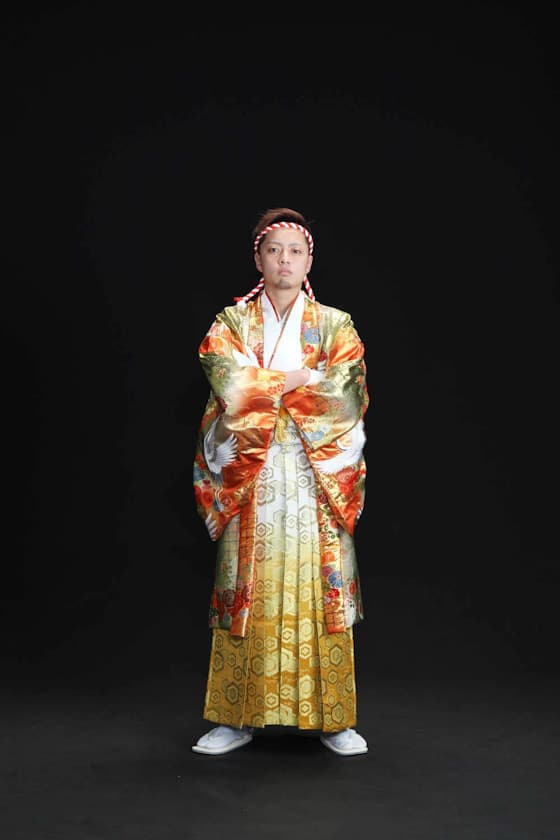 成人式男性用紋付袴ゴールドに鶴