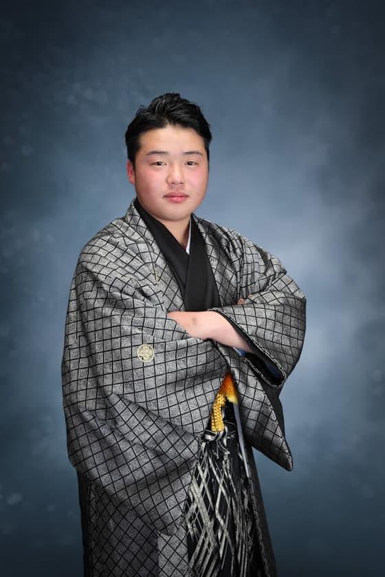 香川成人式紋付 グレー・シルバー