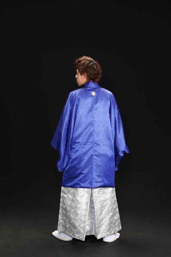 成人式男性用着物 鮮やかな青色