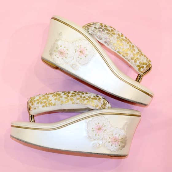 白の桜柄こっぽり