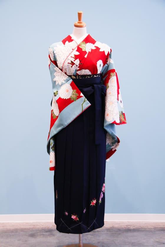 卒業式袴赤と水色のレトロ柄